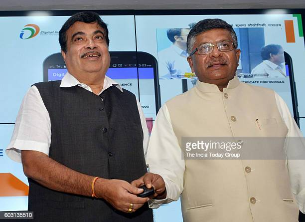 Union Minister for Electronics and Information Technology and Law and Justice Shri Ravi Shankar Prasad and the Union Minister for Road Transport...