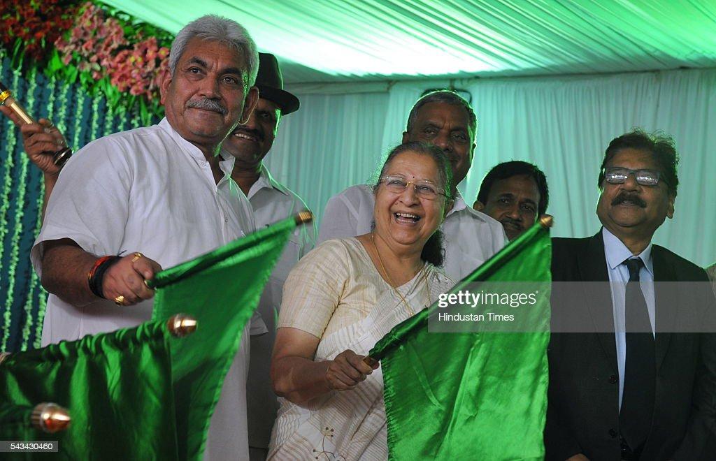 Union Minister of State for Railways, Manoj Sinha and Lok Sabha speaker Sumitra Mahajan flag off Indore Kochuveli weekly Express and Indore-Pune bi-weekly Express on June 28, 2016 in Indore, India.