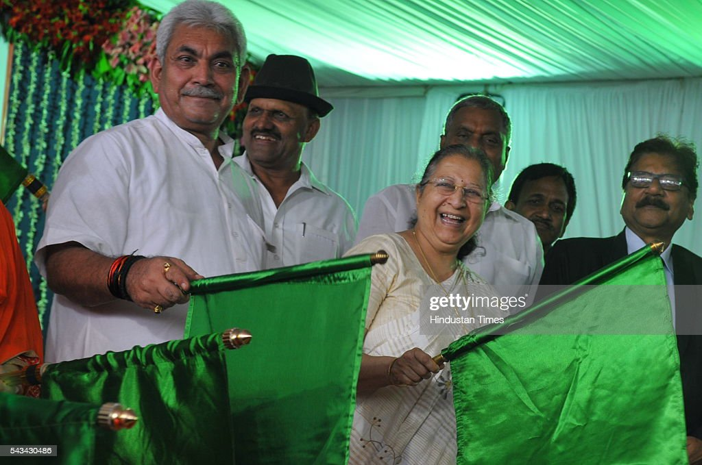 Union Minister of State for Railways, Manoj Sinha and Lok Sabha speaker Sumitra Mahajan flag off Indore Kochuveli weekly Express and Indore-Pune bi-weekly Express on June 28, 2016 in Indore, India.