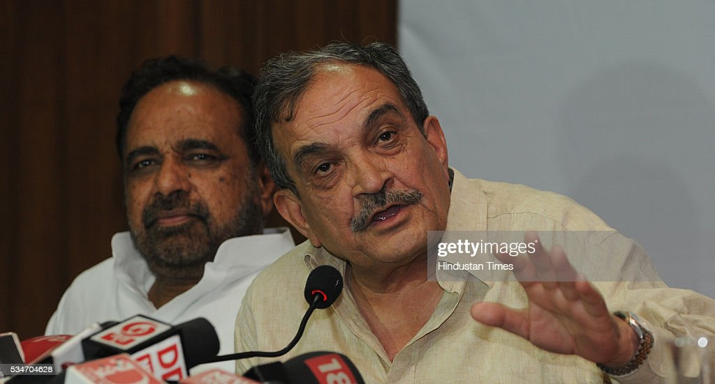 Union Rural development minister Chaudhary Birender Singh addressing a press conference to recount the achievements scored by the Centre in last two years on May 27, 2016 in Bhopal, India.