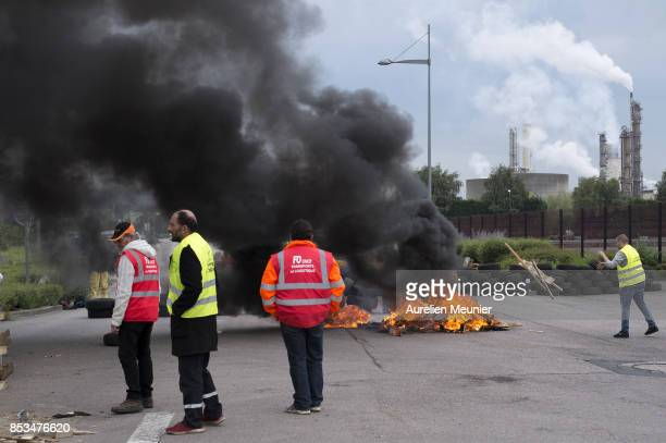 Union workers block access to a refinery on September 25 2017 in Rouen France Truckers and refinery workers are blocking refineries and highways all...