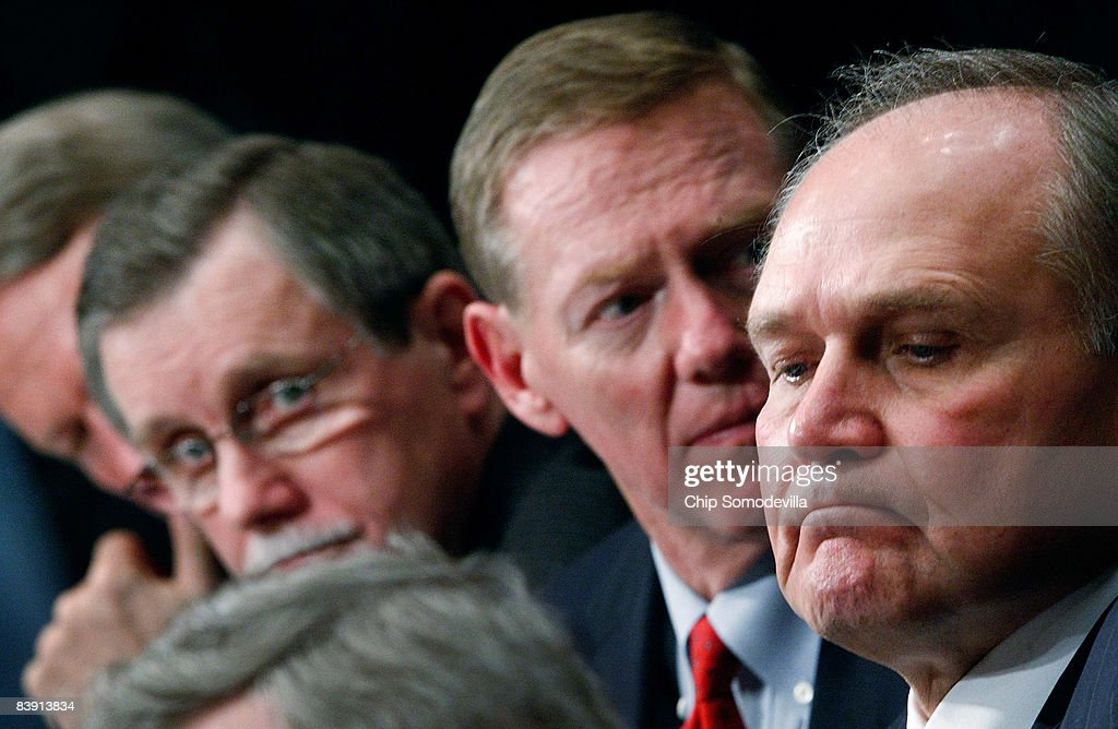United Auto Workers President Ron Gettelfinger President and CEO of the Ford Motor Company Alan Mulally and Chairman and CEO of Chrysler LLC Robert...