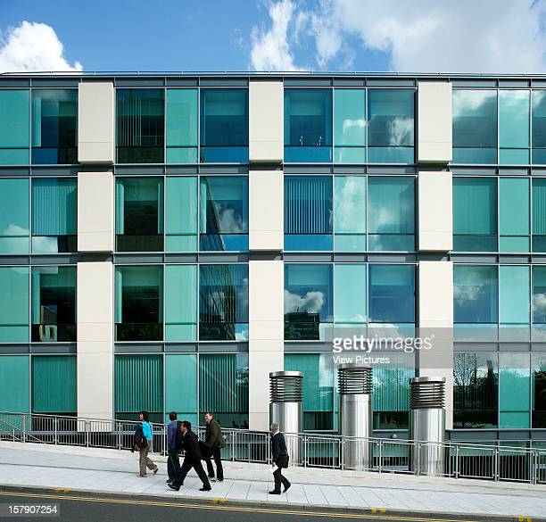 United Kingdom Architect Leeds The Rose Bowl Leeds Metropolitan University Side View Of The Building As People Walk By
