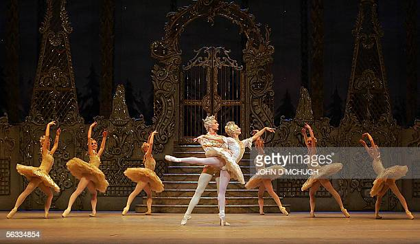 Dancers from the Royal Ballet perform a dress rehersal of 'The Nutcracker' by Tchaikovsky at the Royal Opera House in London 05 December 2005 ahead...