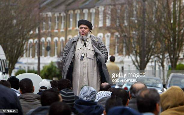 Imam Abu Hamza alMasri addresses followers during Friday prayer in near Finsbury Park mosque in north London in this 26 March 2004 file photo Hamza...