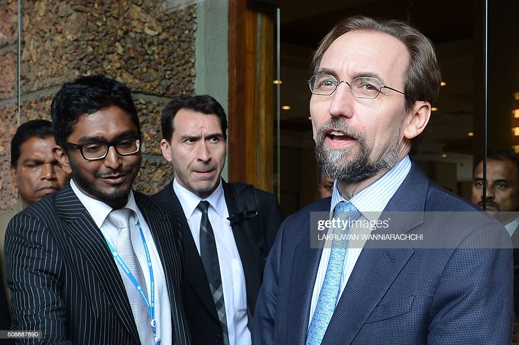 United Nations High Commissioner for Human Rights Zeid Ra'ad Al Hussein (R) speaks to the media in Colombo on February 6, 2016. The United Nations' human rights chief Zeid Ra'ad Al Hussein began his first visit to Sri Lanka Saturday to gauge the island's progress in investigating allegations troops committed atrocities during a prolonged civil war. AFP PHOTO / LAKRUWAN WANNIARACHCHI / AFP / LAKRUWAN WANNIARACHCHI