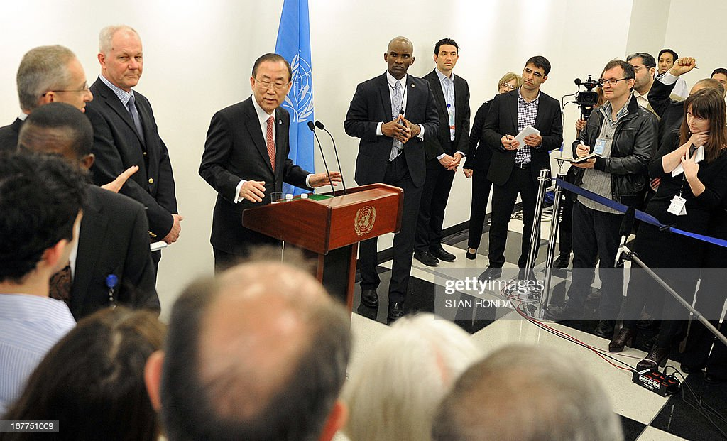 United Nations Secretary General Ban Ki-Moon (R) speaks to the media with Åke Sellström (2nd L), the head of the UN chemical weapons investigation team, before their meeting April 29, 2013 at UN headquarters in New York. Ban has been urging Syria to give UN experts 'immediate and unfettered access' to investigate serious allegations of chemical weapons use. AFP PHOTO/Stan HONDA