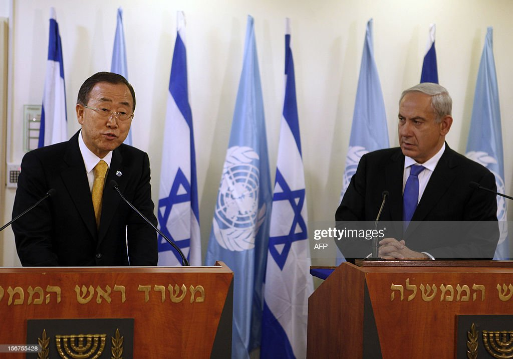 United Nations Secretary-General Ban Ki-moon (L) meets with Israeli Prime Minister Benjamin Netanyahu in Jerusalem on November 20, 2012. Ban arrived in Jerusalem for talks with Israeli leaders aimed at forming a truce between Hamas and Israel, on the seventh day of violence.