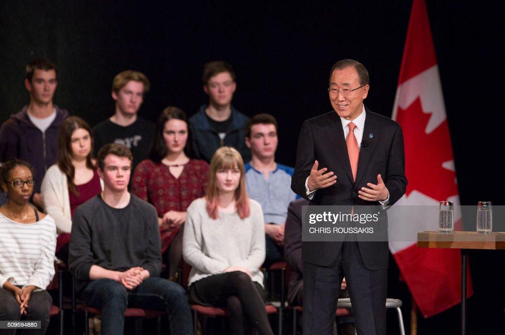 United Nations Secretary-General Ban Ki-moon speaks at Glebe Collegiate Institute in Ottawa, Ontario on February 11, 2016. / AFP / (Chris Roussakis/AFP) / Chris Roussakis