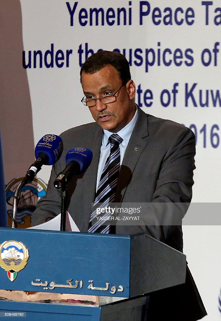 United Nations Special Envoy to Yemen, Ismail Ould Cheikh Ahmed speaks during a press conference on May 5, 2016 at the information ministry in Kuwait City. The head of the Yemeni government delegation at troubled peace talks in Kuwait demanded action from UN mediators over rebel shelling of besieged third city Taez. ZAYYAT