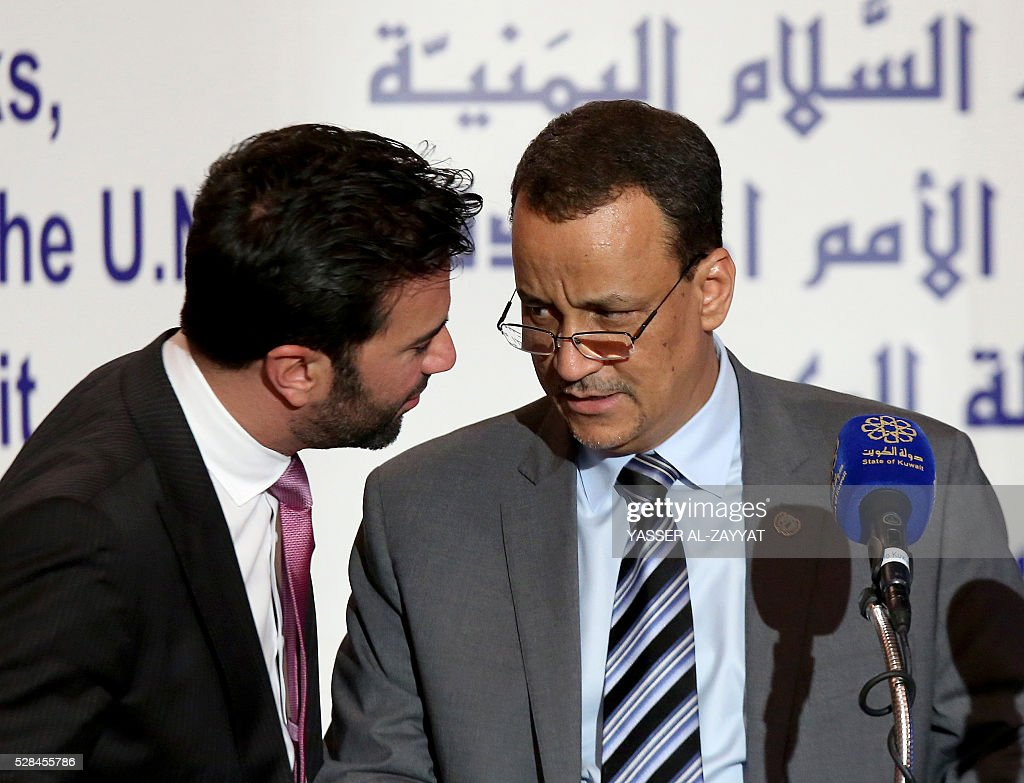 United Nations Special Envoy to Yemen, Ismail Ould Cheikh Ahmed (R) talks with UN spokesman Charbel Raji during a press conference on May 5, 2016 at the information ministry in Kuwait City. The head of the Yemeni government delegation at troubled peace talks in Kuwait demanded action from UN mediators over rebel shelling of besieged third city Taez. ZAYYAT