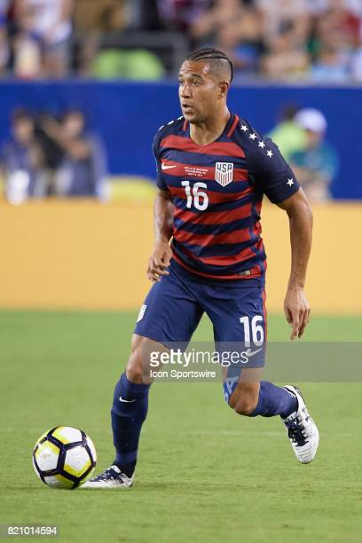 United States defender Justin Morrow controls the ball during a CONCACAF Gold Cup Quarterfinal match between the United States v El Salvador at...