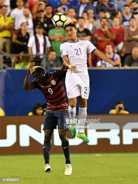 United States' Gyasi Zardes battles El Salvador's Bryan Tamacas during their CONCACAF Gold Cup quarterfinal match at Lincoln Financial Field on July...