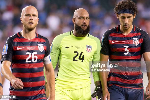 United States Keeper Tim Howard talks with United States Defender Omar González after the first half during the CONCACAF Gold Cup Quarterfinal game...