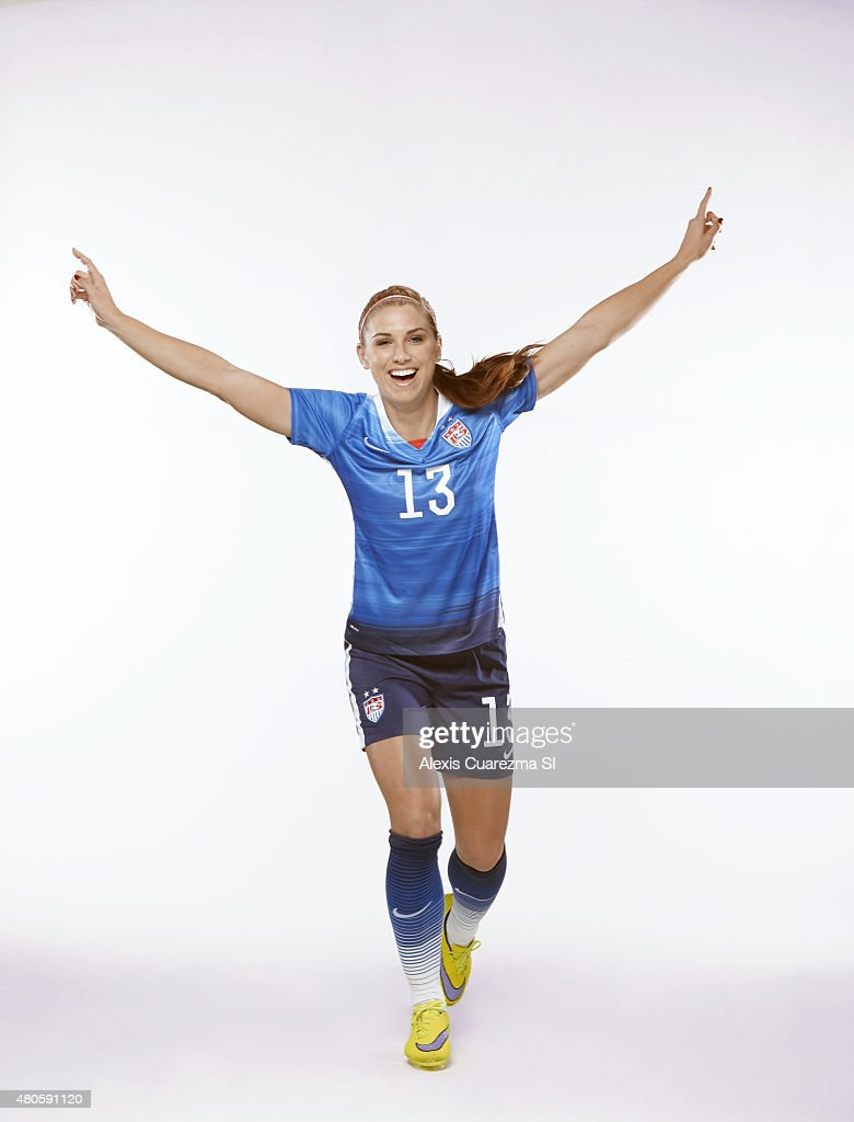 Fort Morgan (CO) United States  City new picture : United States National Soccer team member, Alex Morgan is photographed ...