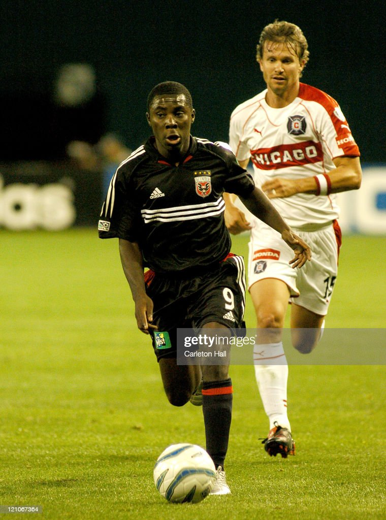 DC United's Freddy Adu left dribbles past Chicago's Jesse Marsch The Chicago Fire tied DC United with a score of 11 on Saturday April 9 2005 at...