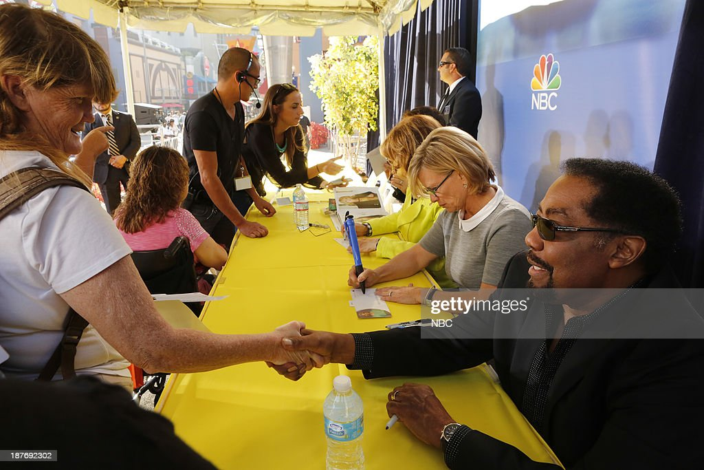 LIVES -- 'Universal Fan Event' -- Pictured: (l-r) James Reynolds, Mary Beth Evans at the Universal City Fan Event on November 9, 2013 --
