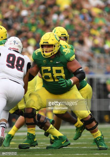 University of Oregon OL Shane Lemieux pass blocks during a college football game between the Southern Utah Thunderbirds and Oregon Ducks on September...