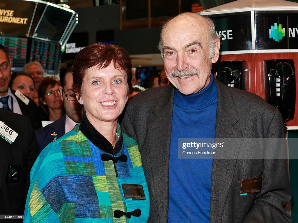 University of St Andrews Principal and Vice Chancellor Louise Richardson and Actor Sir <a gi-track='captionPersonalityLinkClicked' href=/galleries/search?phrase=Sean+Connery&family=editorial&specificpeople=201589 ng-click='$event.stopPropagation()'>Sean Connery</a> visit the New York Stock Exchange on May 17, 2012 in New York City.