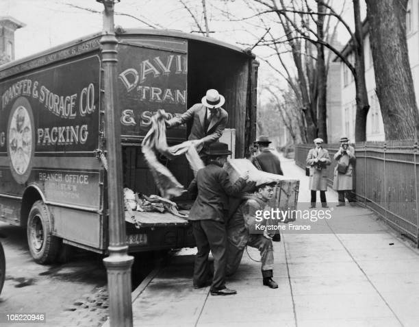 Unloading During The Prohibition Of Alcohol Washington 1929