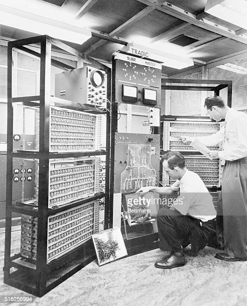 Unveil New Electronic Brain New York 'Tradic' a new digital computer developed for the US Air Force by Bell Telephone Laboratories contains nearly...