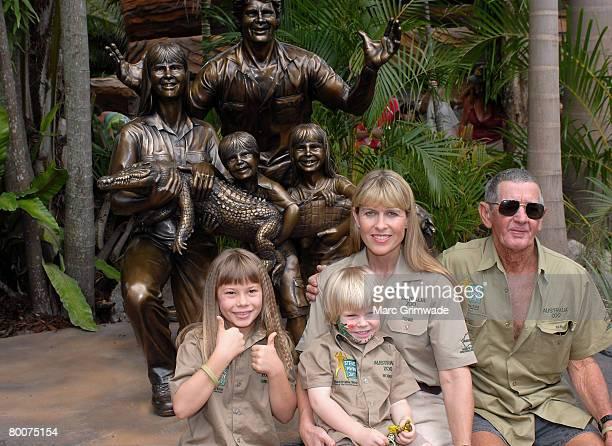 Unveiling the memorial family statue Bindi Irwin Robert Irwin Terri Irwin and Steve's father Bob Irwin attend 'Steve Irwin Memorial Day' at Australia...