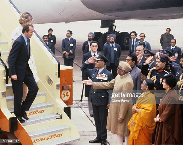 Upon arrival at the airport in New Delhi for an official visit the Spanish Kings Juan Carlos of Borbon and Sofia of Greece are received by the Indian...
