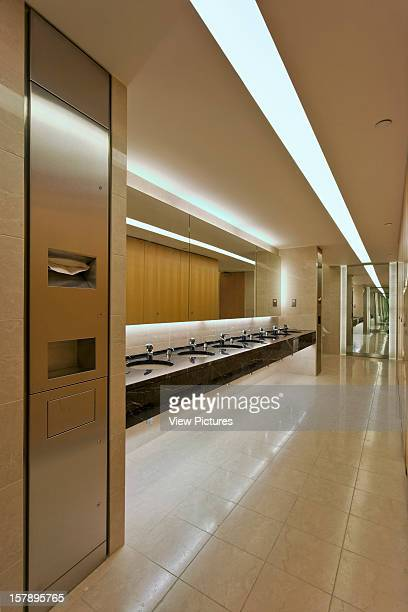 10 Upper Bank Street London United Kingdom Architect Kohn Pederson Fox 10 Upper Bank Street Office Washroom