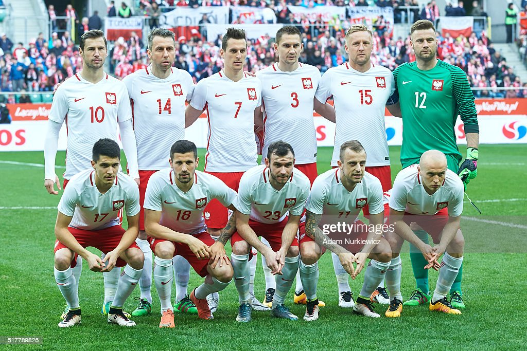 Upper row <a gi-track='captionPersonalityLinkClicked' href=/galleries/search?phrase=Grzegorz+Krychowiak&family=editorial&specificpeople=4379669 ng-click='$event.stopPropagation()'>Grzegorz Krychowiak</a> and <a gi-track='captionPersonalityLinkClicked' href=/galleries/search?phrase=Jakub+Wawrzyniak&family=editorial&specificpeople=4666843 ng-click='$event.stopPropagation()'>Jakub Wawrzyniak</a> and <a gi-track='captionPersonalityLinkClicked' href=/galleries/search?phrase=Arkadiusz+Milik&family=editorial&specificpeople=9852666 ng-click='$event.stopPropagation()'>Arkadiusz Milik</a> and Artur Jedrzejczyk and <a gi-track='captionPersonalityLinkClicked' href=/galleries/search?phrase=Kamil+Glik&family=editorial&specificpeople=7029968 ng-click='$event.stopPropagation()'>Kamil Glik</a> and goalkeeper <a gi-track='captionPersonalityLinkClicked' href=/galleries/search?phrase=Artur+Boruc&family=editorial&specificpeople=554761 ng-click='$event.stopPropagation()'>Artur Boruc</a> and down row Bartosz Kapustka and Pawel Wszolek and Filip Starzynski and Kamil Grosicki and <a gi-track='captionPersonalityLinkClicked' href=/galleries/search?phrase=Michal+Pazdan&family=editorial&specificpeople=5364961 ng-click='$event.stopPropagation()'>Michal Pazdan</a> all of Poland pose to team photo during the international friendly soccer match between Poland and Finland at the Municipal Stadium on March 26, 2016 in Wroclaw, Poland.