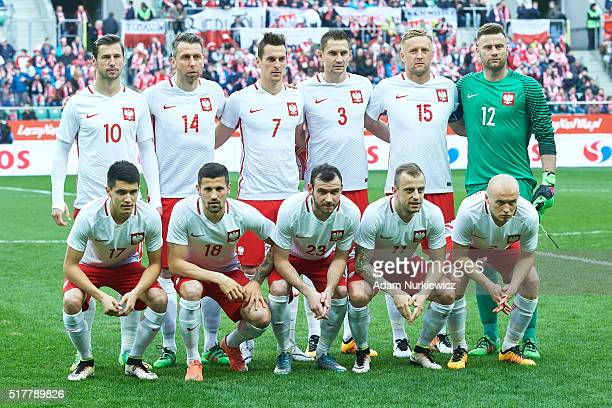 Upper row Grzegorz Krychowiak and Jakub Wawrzyniak and Arkadiusz Milik and Artur Jedrzejczyk and Kamil Glik and goalkeeper Artur Boruc and down row...