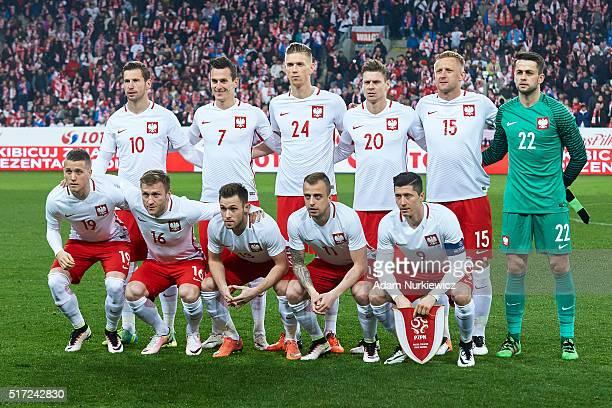 Upper row Grzegorz Krychowiak Arkadiusz Milik Bartosz Salamon Lukasz Piszczek Kamil Glik goalkeeper Lukasz Fabianski down row Piotr Zielinski Jakub...