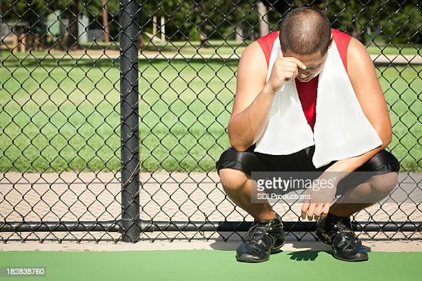 Desconforto no atleta Ajoelhar seguinte para vedação