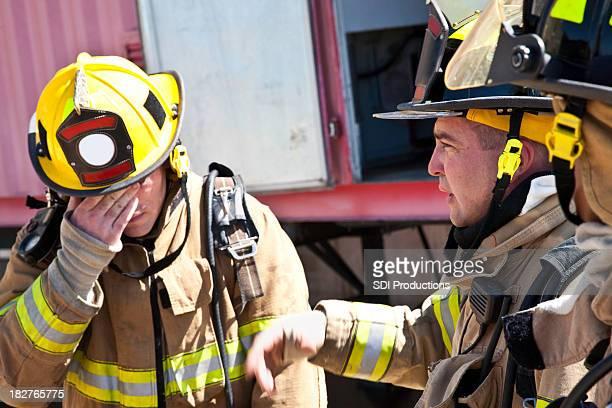 Verärgert Feuerwehrleute bei Verlust von Feuer