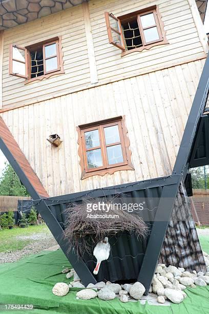 Upside Down Hotel in Polen