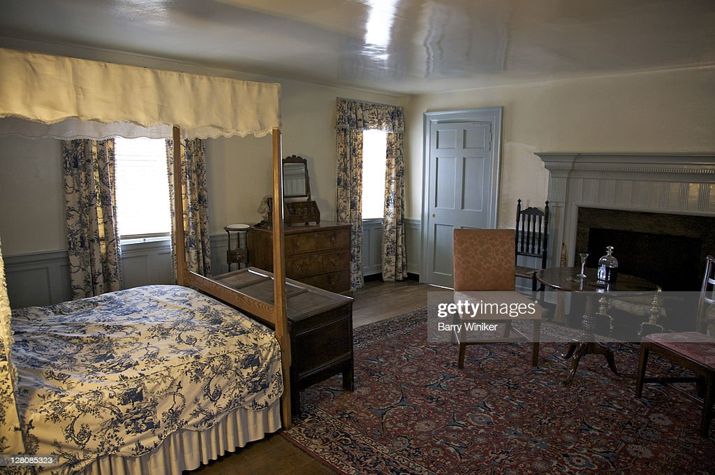 Upstairs bedroom at Mary Washington House, purchased by George Washington for his mother in 1772, Displays items owned by Mrs. Washington, Fredericksburg, VA, U.S.A. : Stock Photo