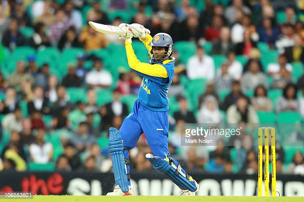 Upul Tharanga of Sri Lanka bats during the Commonwealth Bank Series match between Australia and Sri Lanka at Sydney Cricket Ground on November 5 2010...