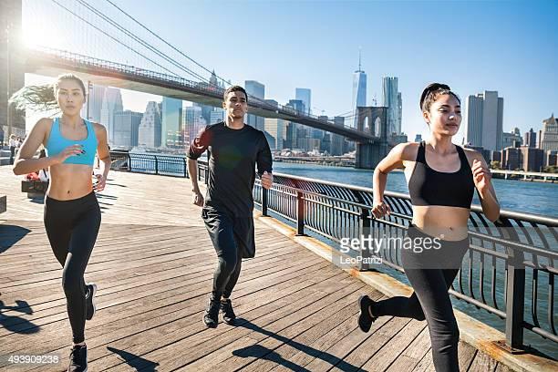 Urban runners - New York - Brooklyn Bridge