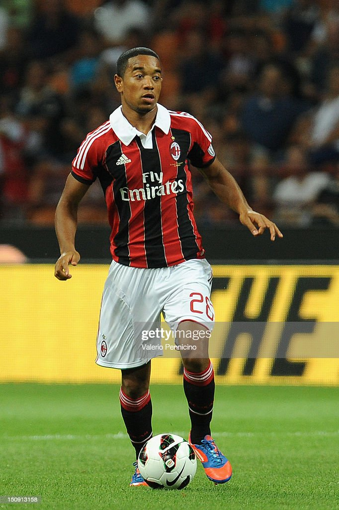 Urby Emanuelson of AC Milan in action during the Berlusconi Trophy match between AC Milan and Juventus FC at Stadio Giuseppe Meazza on August 19 2012...