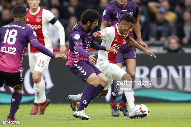 Urby Emanuelson of FC Utrecht Kasper Dolberg of Ajax Yassin Ayoub of FC Utrecht David Neres of Ajax Ramon Leeuwin of FC Utrecht during the Dutch...