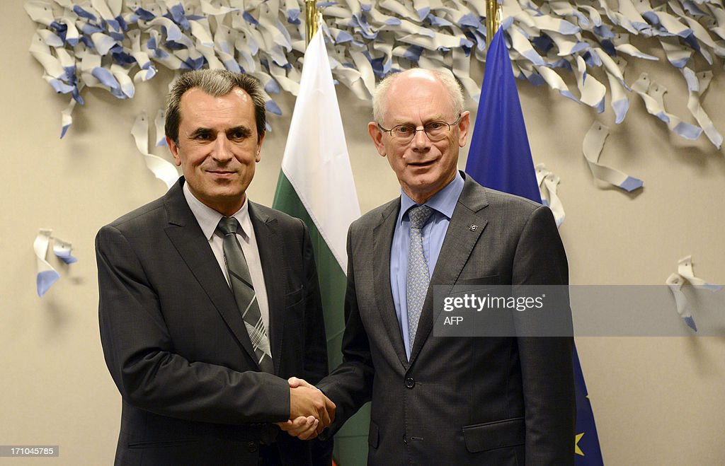 uropean Union President Herman Van Rompuy (R) shakes hands with Bulgarian Prime minister Plamen Oresharski during their meeting at the EU council headquarters in Brussels, on June 21, 2013.