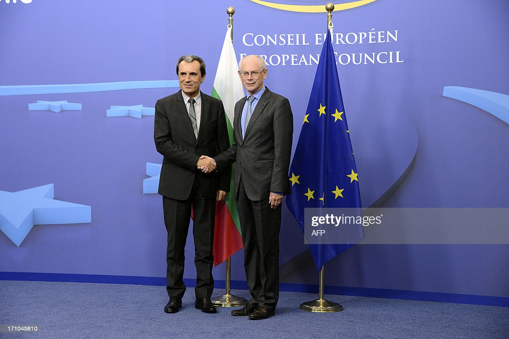 uropean Union President Herman Van Rompuy (R) shakes hands with Bulgarian Prime minister Plamen Oresharski prior to their meeting at the EU council headquarters in Brussels, on June 21, 2013.