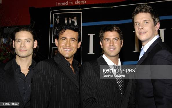 Il divo in store performance and album signing at borders - Il divo news ...