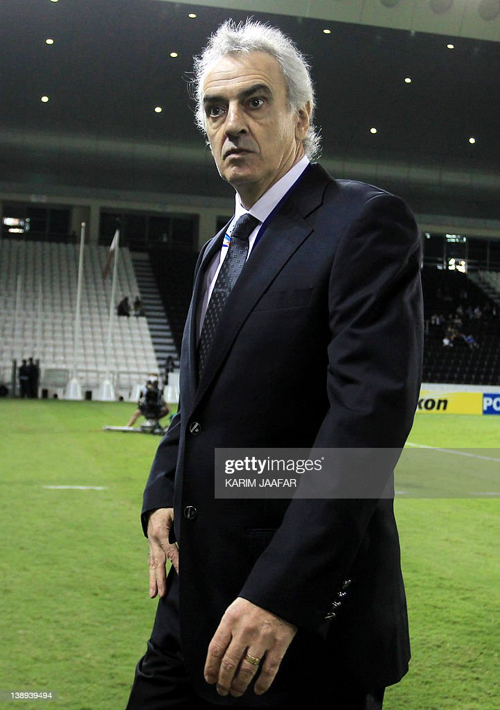 Uruguayan coach Jorge Fossati attends their game against South Korea's Suwon Samsung Bluewings during their semi-final football match in the AFC Champions League in Doha, on October 26, 2011. Suwon Samsung Bluewings won the match 1-0.