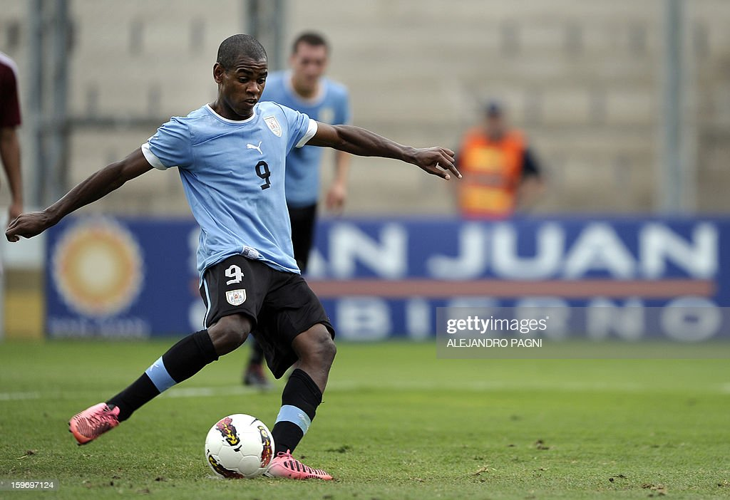 Uruguayan forward Diego Rolan takes a penalty kick to score against Venezuela during their South American U-20 Group B football match at Bicentenario stadium in San Juan, Argentina, on January 18, 2013. Four teams will qualify for the Turkey 2013 FIFA U-20 World Cup.