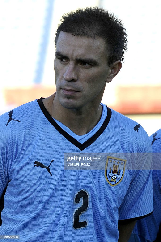 Uruguayan national football team player Carlos Valdez poses for the picture before a FIFA World Cup South Africa 2010 qualifier football match against Colombia at the Centenario stadium in Montevideo on September 9, 2009. Uruguay won the match 3-1. AFP PHOTO / Miguel ROJO