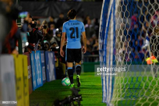 Uruguay's Edinson Cavani goes to retrieve the ball before a free kick against Bolivia during the 2018 World Cup football qualifier match in...