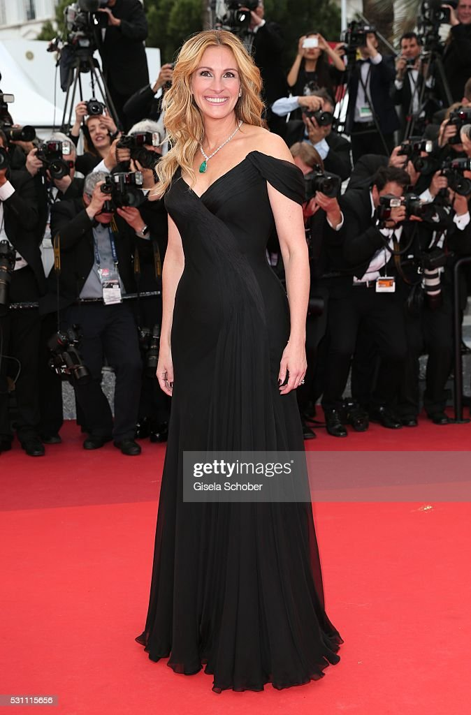Us actress Julia Roberts attends the 'Money Monster' premiere during the 69th annual Cannes Film Festival at the Palais des Festivals on May 12, 2016 in Cannes, France.