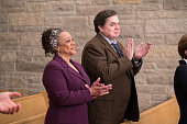 MED 'Us' Episode 113 Pictured S Epatha Merkerson as Sharon Goodwin Oliver Platt as Daniel Charles
