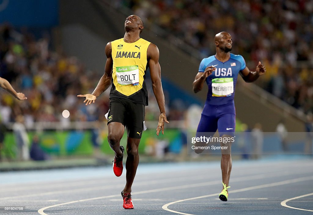 Usain Bolt of Jamaica wins the Men's 200m Final ahead of Lashawn Merritt of the United States on Day 13 of the Rio 2016 Olympic Games at the Olympic Stadium on August 18, 2016 in Rio de Janeiro, Brazil.