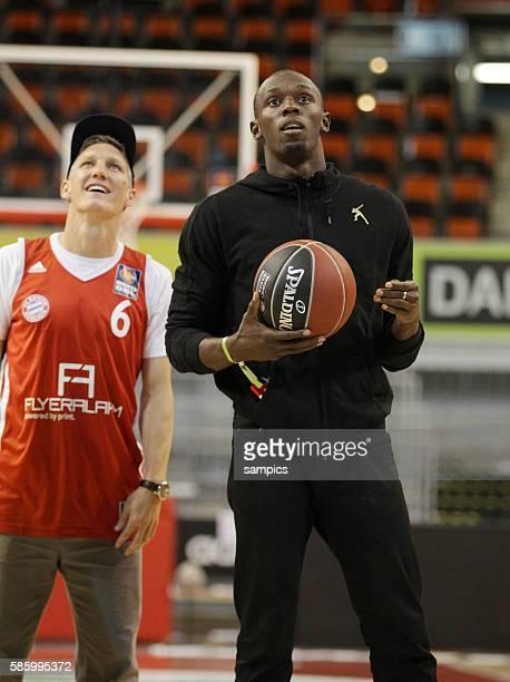 Usain Bolt zu Gast im Audi Dome mit Bastian Schweinsteiger Beko Basketball Bundesliga Playoffs Viertelfinale 4 Spiel FC Bayen München ARD Artland...